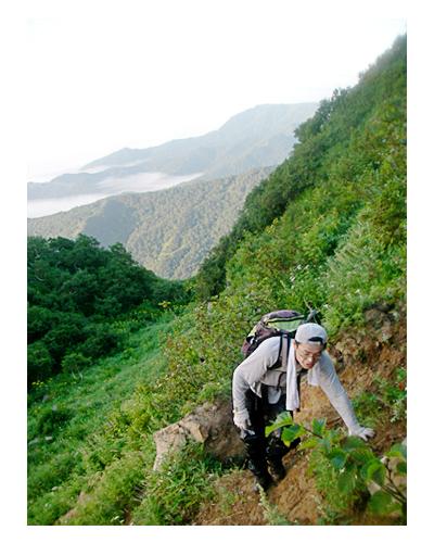 知床岳と沼の崩壊地