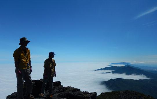 羅臼岳登山ガイド